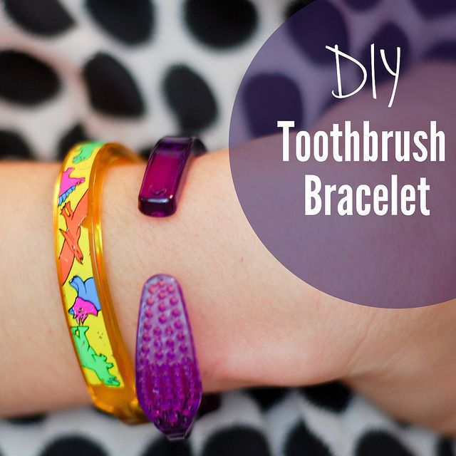 Upcycle kid craft: DIY Toothbrush Bracelet (Wikihow version) Picture is from Stacie Stacie Stacie, via Flickr