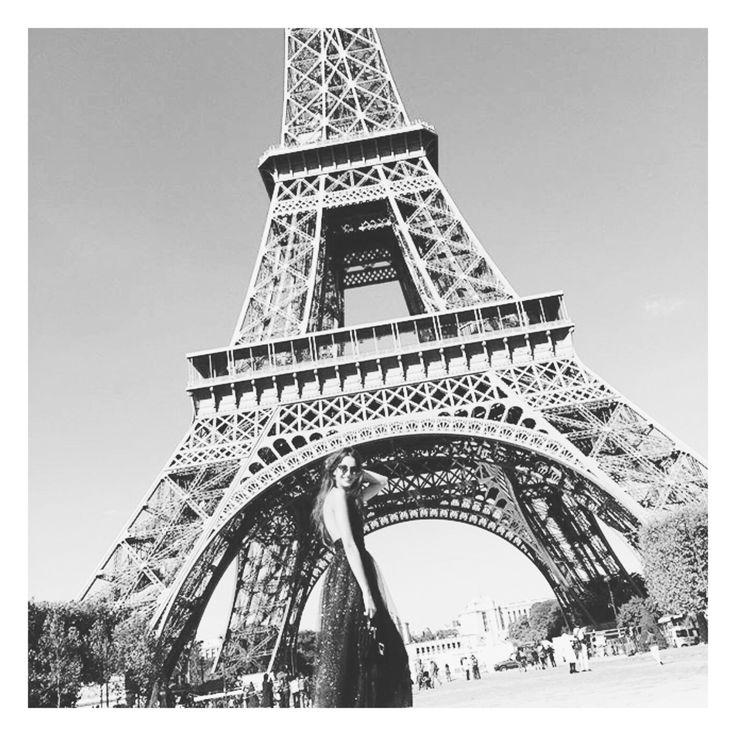 #paris #sararossetto #philipperouge #sunglasses #shooting #ootd #fashion #fashionable #design #architecture #borderline #collection #whendesignmeetsfashion