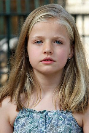 Leonor: niña y princesa Responsable y observadora. Criada sin sirvientes. La historia de una niña diferente, una princesa sin plan preestablecido
