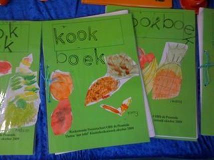 kookboek met onze favorieten recepten van de klas - taalopdracht