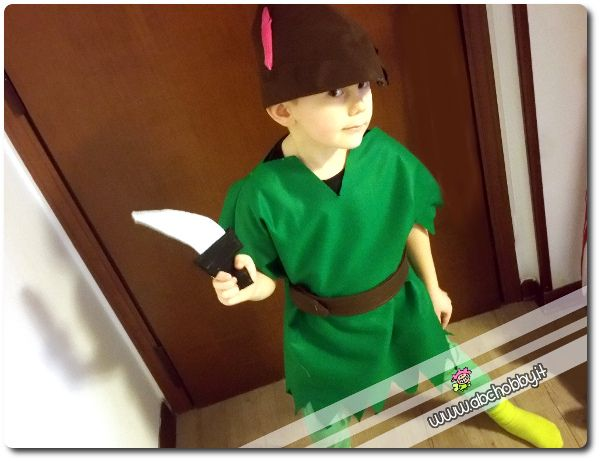Cucire il costume di carnevale da Peter Pan - How to sew Peter Pan costume - Tutorial on AbcHobby.it
