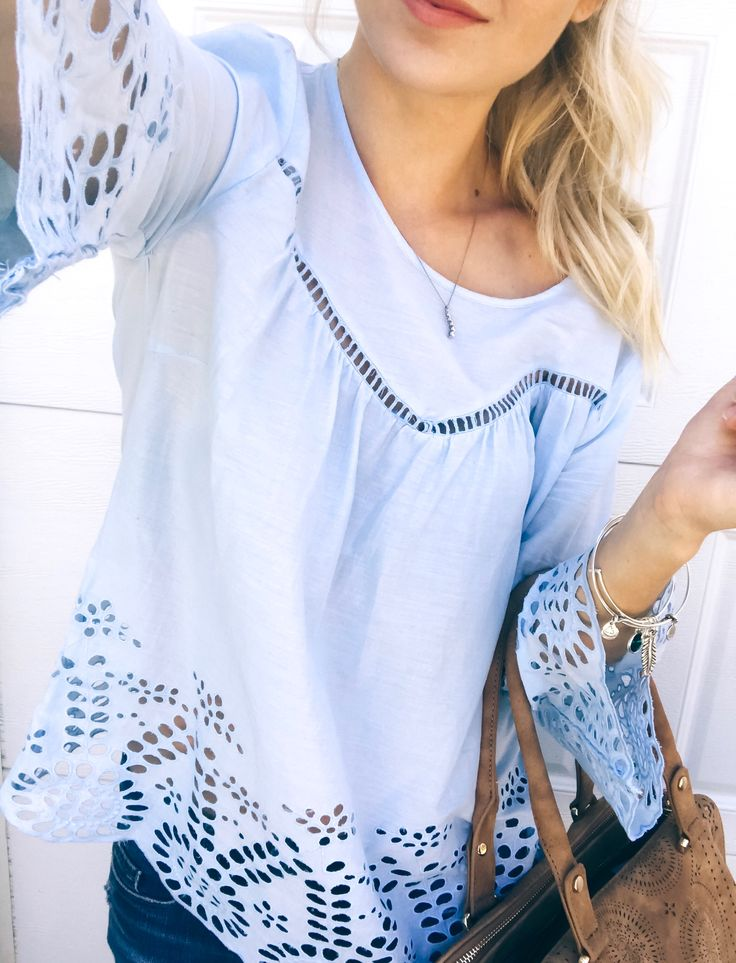 Blue smock top with bell sleeves : @heatherpoppie