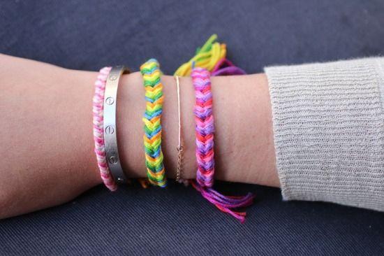 Vidám, színes fonott karkötők - Színes Ötletek