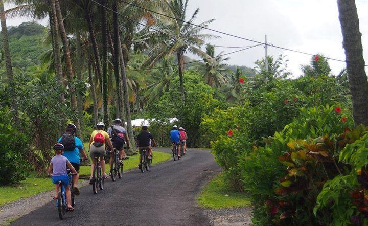 Paseo en bicicleta con storytellers
