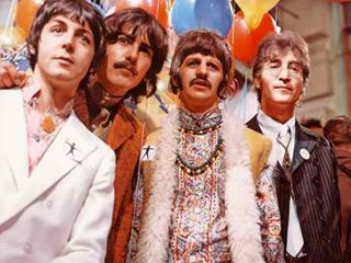 the huge role of rock and roll in the 1960s The 1960's begin: as the late fifties  and the byrds had their first big hit with dylan's mr tambourine man, using that record to show how  rock'n'roll's .