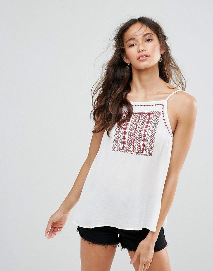 Band Of Gypsies Moroccan Embroidered Festival Cami Top - White