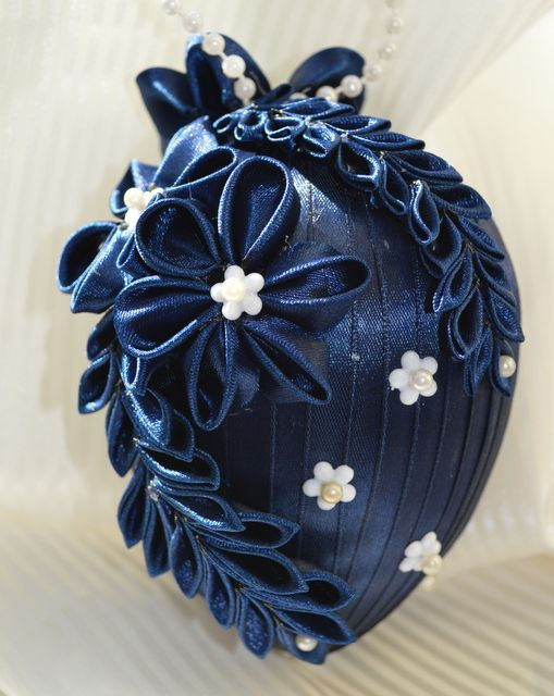 Vajíčko č. 4 :: Creative ribbons