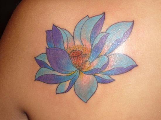 144 besten lotus flower tattoos bilder auf pinterest. Black Bedroom Furniture Sets. Home Design Ideas