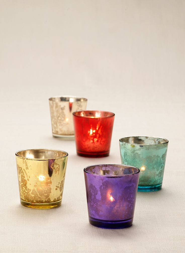 The finish on these glass votive holders resembles antique mercury glass. Our famous mercury glass votive come in many colors and are perfect for weddings, parties or events.