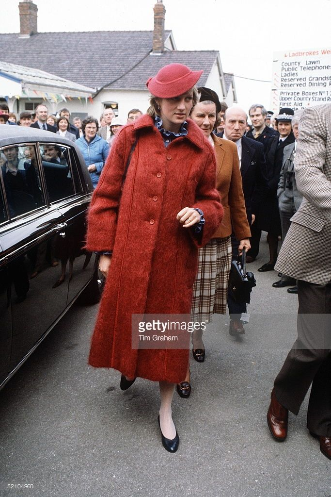 1982--Princess Diana , Pregnant, At The Grand National Races In Aintree, Liverpool.