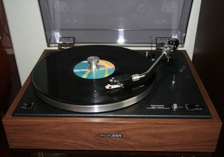 Pioneer PL-15C & ELO Album 1977 Out Of The Blue