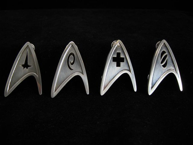 Star Trek insignia pins as boutonnieres anyone!?