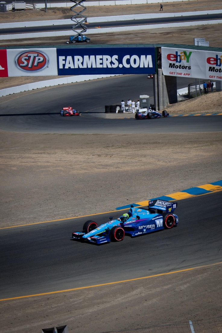 Tony kanaan in mouser 11 race car on the track at indycar sonoma racing