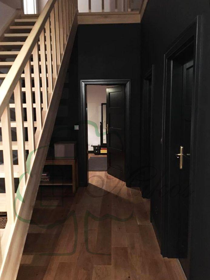 Nowoczesne czarne drzwi wewnętrzne drewniane