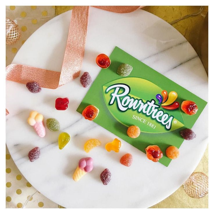 It's a definite perk of the job when you're asked to taste test sweets from Rowntrees!  The #RowntreesTasteTest has brought me fruit pastilles which I swear I can taste a different flavour? And the Randoms are just spot on especially the ice creams. I could eat a full bag of those. I'm excited for next week for the big reveal! #ad