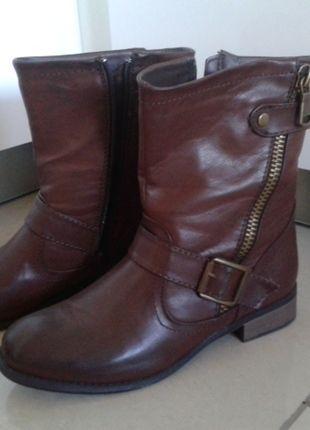 Kupuj mé předměty na #vinted http://www.vinted.cz/damske-boty/kozacky/9214234-hnede-kotnikove-kozacky
