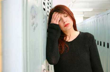Natural Alternative Treatments for Chronic Fatigue Syndrome | Chronic fatigue syndrome (CFS) is an illness characterized by an excessive weariness that warrants an unusual need for sleep to feel better. However, even with this rest there is usually no relief. To be classified as such one must have at least four of the following symptoms of chronic fatigue... | http://www.natural-holistic-health.com/natural-treatments-for-chronic-fatigue-syndrome/