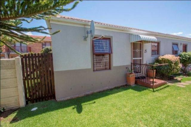 Gordons Bay Property | Price: R 595,000 | Ref: 3168934