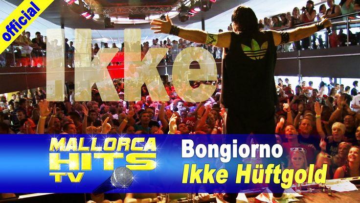 Ikke Hüftgold ( & Peter Wackel) - Bongiorno - Ikke Hüftgold beim Auftritt auf Peter Wackel´s Bierkönig Partyboot 2013 in Köln. http://MallorcaHitsTV.de
