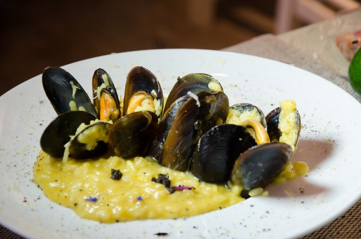 «Glaronisi» Mussel risotto with colored bell peppers, pumpkin, saffron and truffle oil