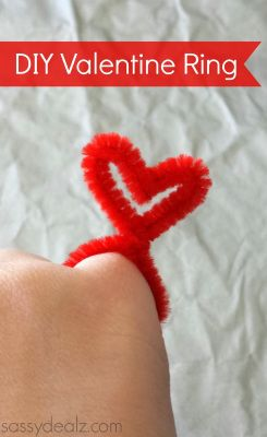 heart pipe cleaner ring valentines