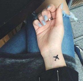 Tatuaggi 'wanderlust' con simboli del viaggio (Foto 4/20)   PourFemme