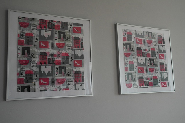 Te obrazki zrobiłam sama ;) Ramka z Ikei a obrazek w środku to torba na prezenty kupiona we Floo, tylko obcięłam sznurek. Efekt trójwymiarowy-świetny
