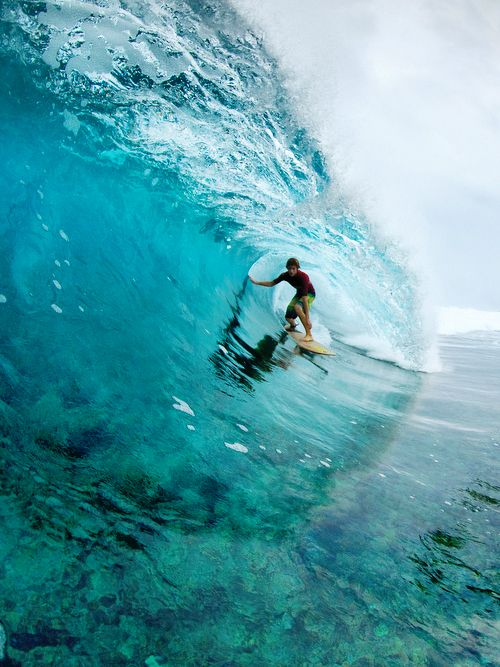 Great tube. #surfing #love goodretreats.com Book yoga and surf retreats :)
