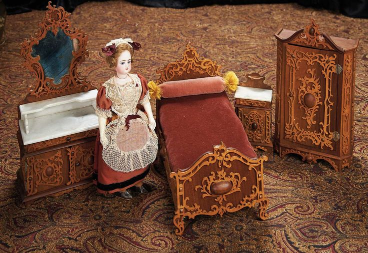 The Lifelong Collection Of Berta Leon Hackney 511 Wonderful Dolls Wooden Art Nouveau Bedroom Furnishings