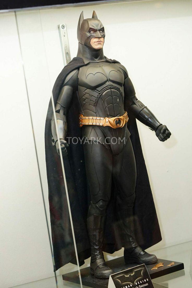 Neca 1/4 Scale Batman begins Figure