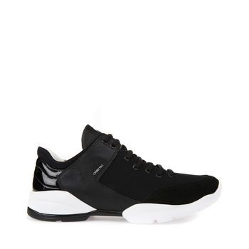 GEOX - SFINGE Black £110,00 / €129,90  Women - shoes - trainers  Athletic inspiration and dynamic lines, feminine and sophisticated, combined with comfort, lightweight and flexible. Sfinge women's sneakers in mesh and nappa, in a versatile black version, are a mix of design and comfort. They guarantee exceptional breathability, at 360°, thanks to an extraordinary mix that combines the patent sole and the Net Breathing System of the super breathable upper...