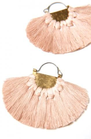 We are big fans / Devine boho tassel ethnic earring, in Adonrmonde pastel pink too! Swoon!