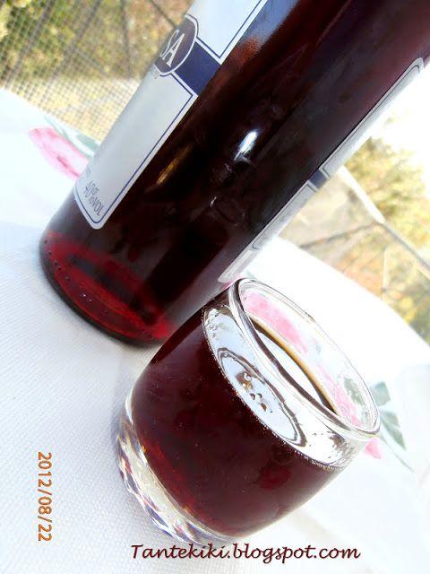 Λικέρ βύσσινο από... γλυκό βύσσινο ή φράουλα - Tante Kiki