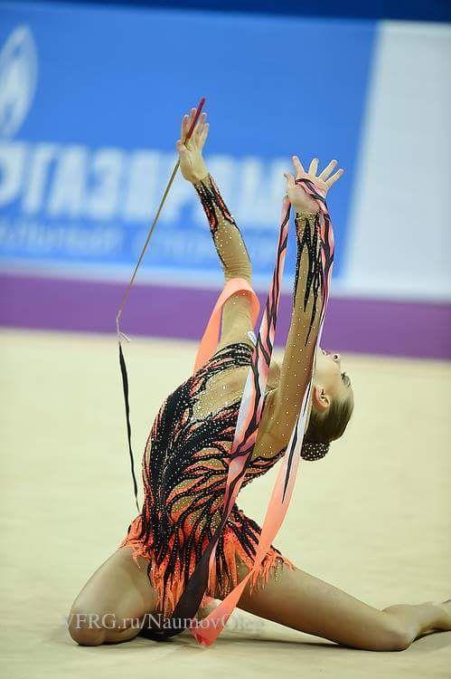 Melitina Staniouta, Belarus, won bronze in ribbon at World Cup Pesaro 2015