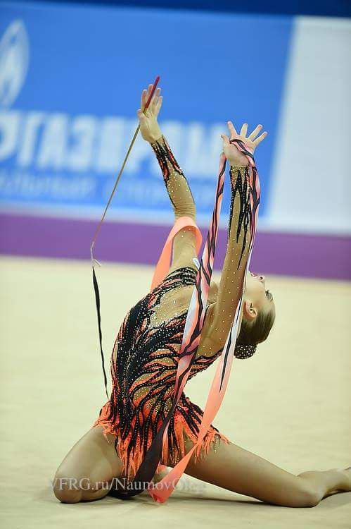 Melitina Staniouta, Belarus, won bronze in ribbon at World Cup Pesaro 2015