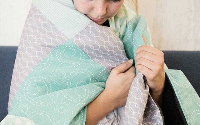 Tutoriel DIY: Coudre votre première couverture en patchwork via DaWanda.com