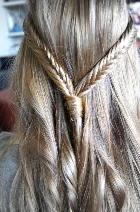 Fläta... trenza de dos, goma y borde con restos del cabello más horquilla