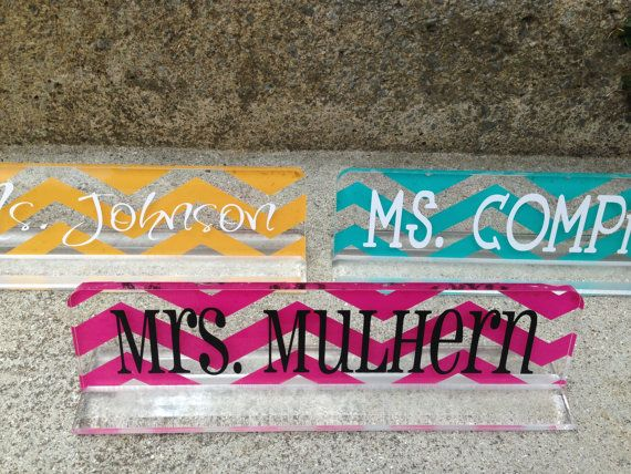 This acrylic desk name plate for teacher gifts is a must for your teacher! It is a great gift ideas! It is the best personalized name plate for