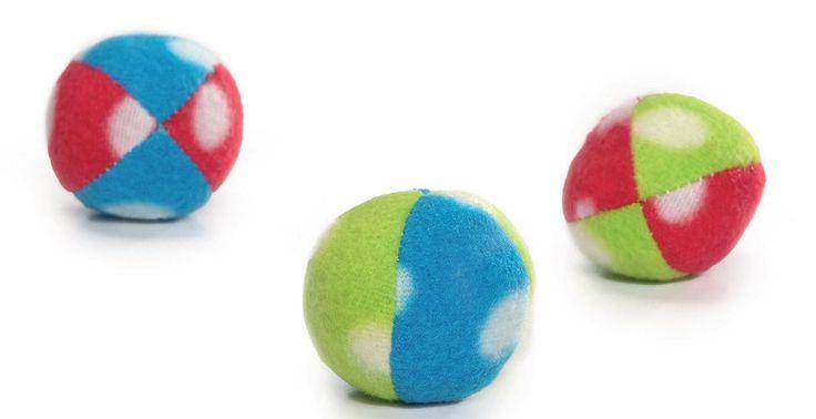 Set de 3 pelotas de colores con lunares gato 4 cm
