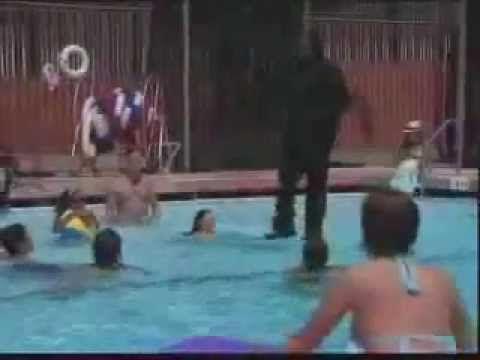 Criss Angel Walking On Water-Magic Revealed - YouTube