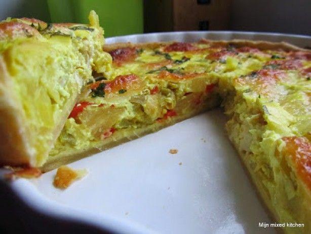 Kip/kerrie quiche met prei, paprika, ananas en mozzarella