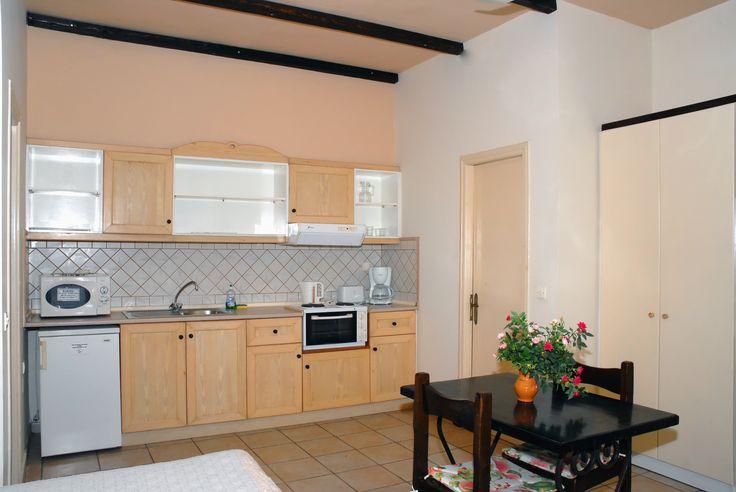 Spiti Prifti Studio, Kitchen Area