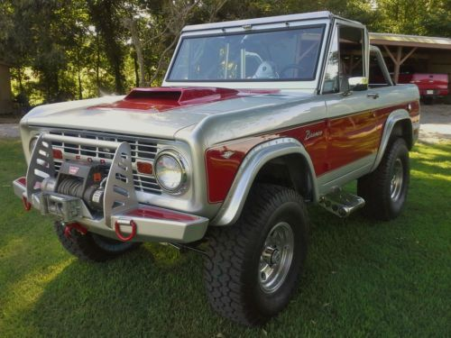 1968 Early Classic Bronco with beautiful custom paint , and one of a kind, image…