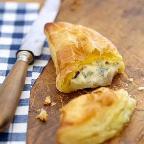 Recette : Petits chaussons de poires au bleu - Recette au fromage