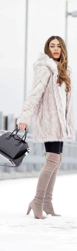 Fashionably Warm / Fashion By Lydia Elise Millen