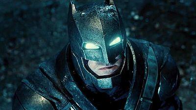 ダークナイト「バットマン」と超人「スーパーマン」が激突する「バットマン v スーパーマン: ドーン・オブ・ジャスティス」がなんと予定前倒しで公式予告編を公開 - GIGAZINE