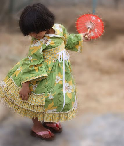 Modkid Kyoto girls dress pattern - Love the blog and the patterns (be sure to visit ModKid)