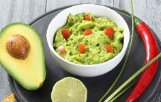 8 receitas com abacate que vão te surpreender - Guia da Semana