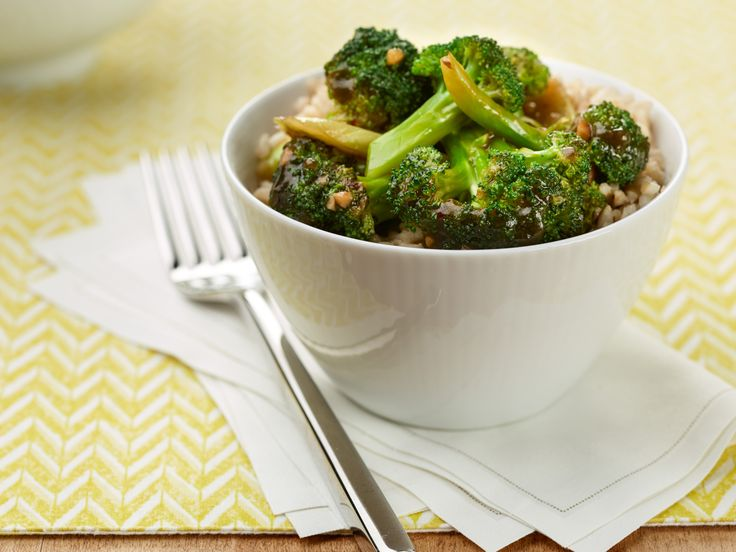 Get this all-star, easy-to-follow Simple Broccoli Stir-fry recipe from Food Network Kitchen.