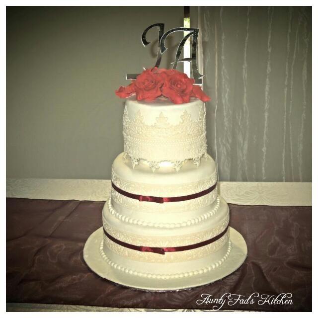 3 tier edible lace wedding cake. Wedding at Durban Botanic Gardens